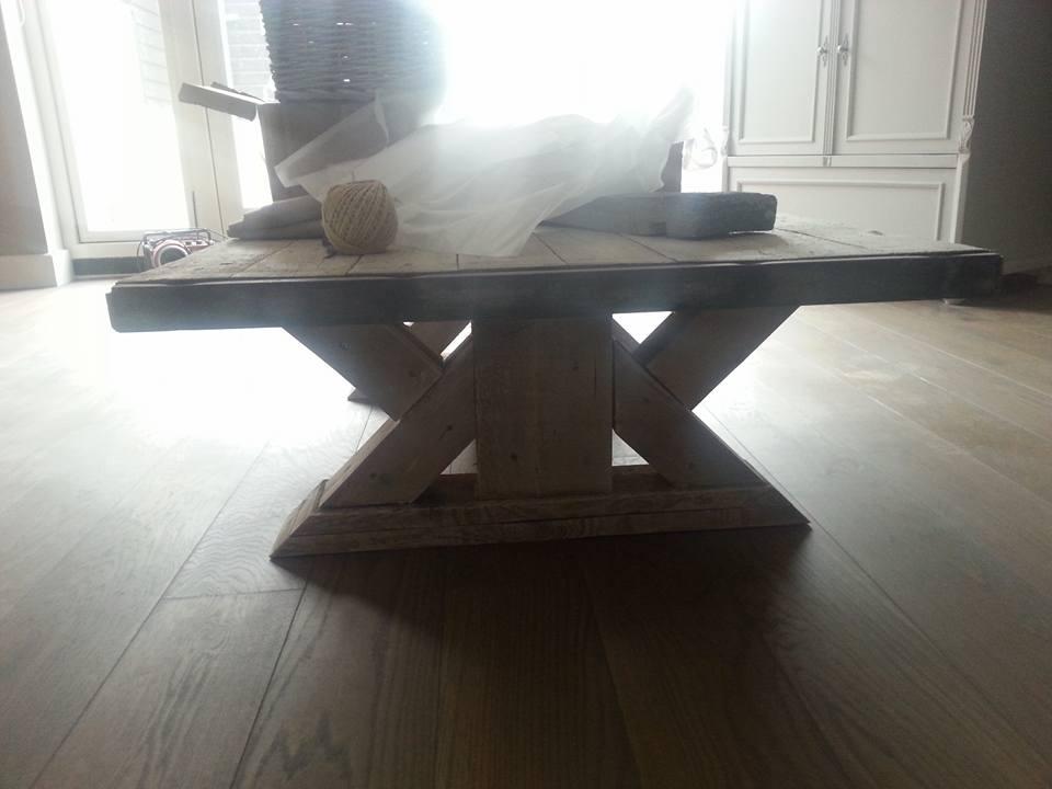 Luxe tafel steigerhout
