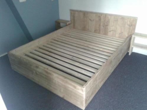 Luxe steigerhouten tweepersoons bed luxe steigerhouten meubels